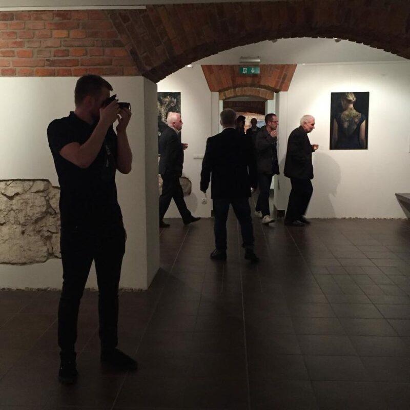 Agnieszka Nienartowicz Exhibition @ TheGallerist.art
