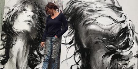 Ewa Hauton painting